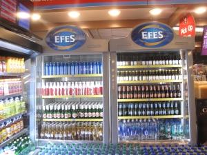 New York JFK Terminal 1'de Efes Pilsen Ürünleri