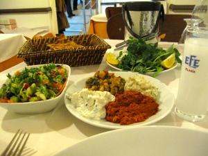 Koço'da akşam yemeği
